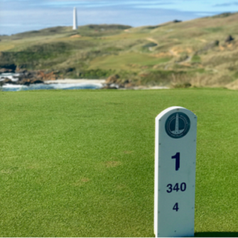 145 Golfers and cruise ship passengers on King Island this weekend